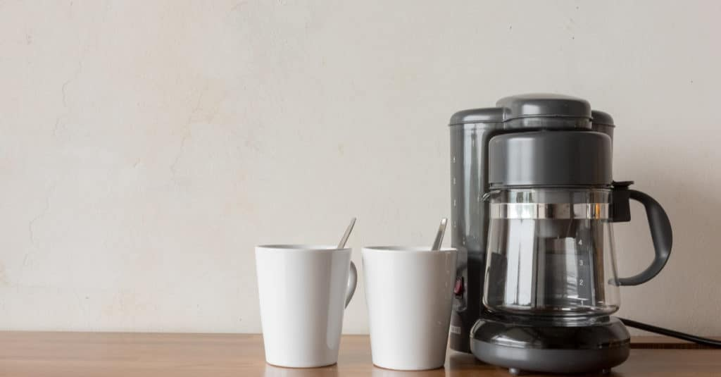 Top 5 Best Four Cup Coffee Makers Reviewed – Ultimate Buyers Guide